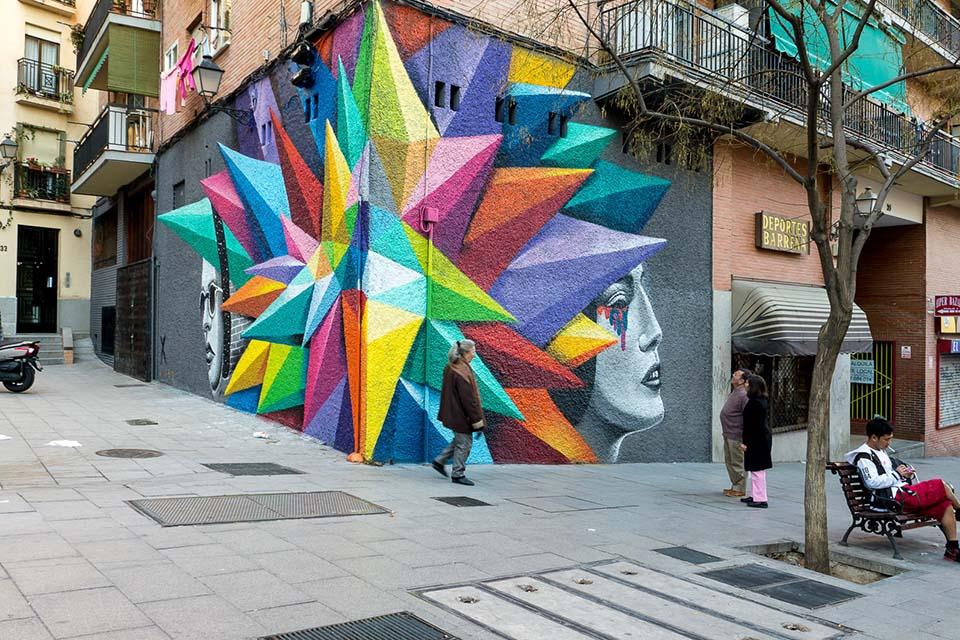 Mural de Okudart en Madrid