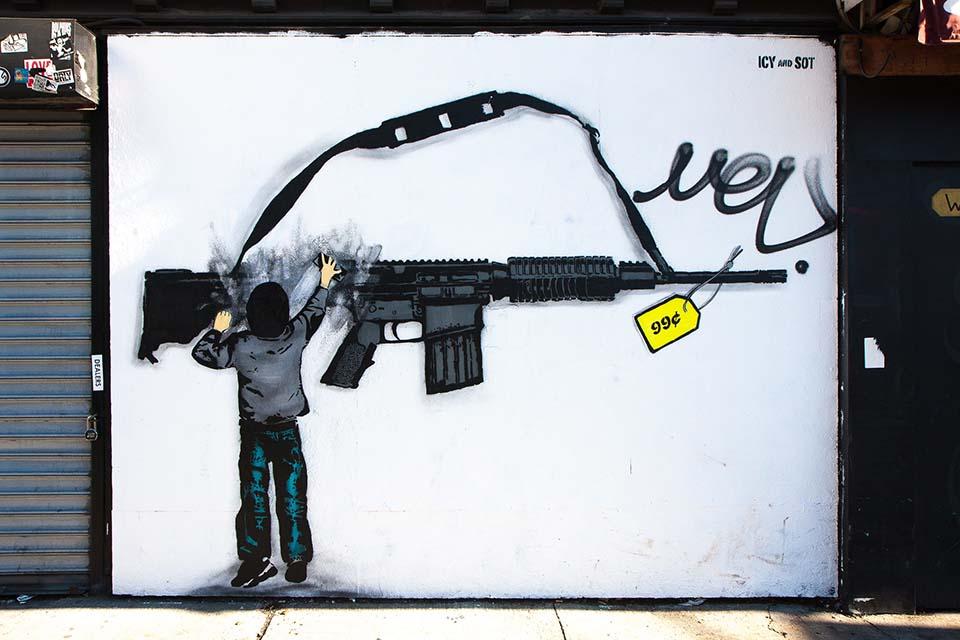 stencil de los artistas Icy & Sot