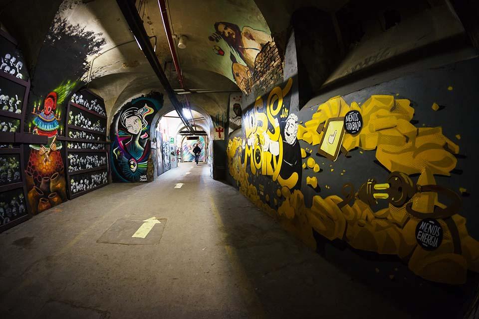 graffiti en la tabacalera de lavapies