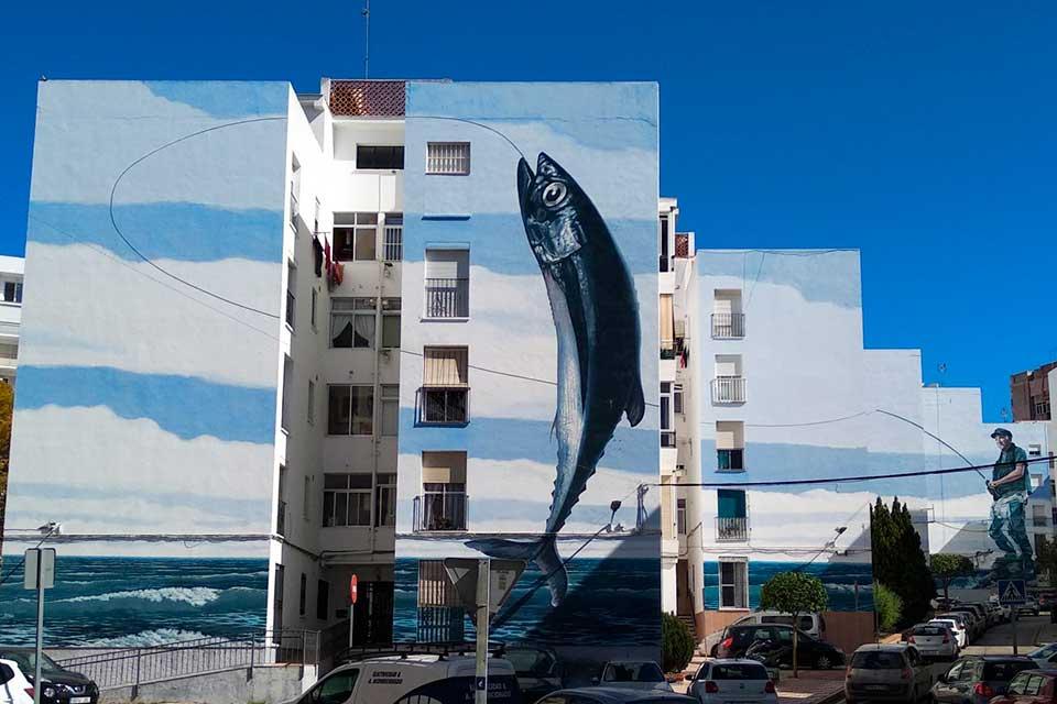 4 edificios pintados con arte callejero