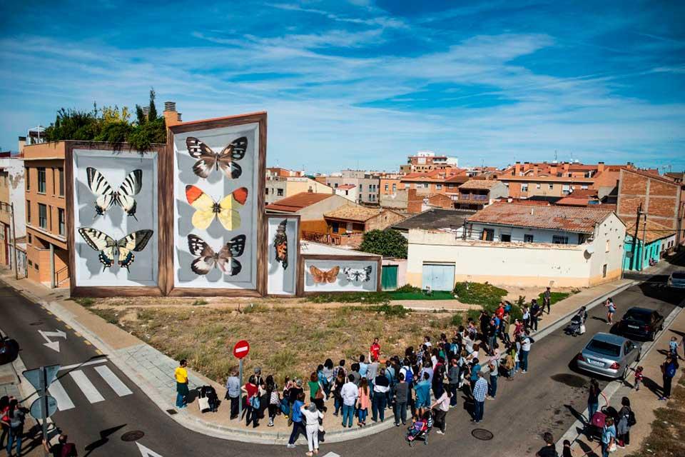 visitas guiadas en un festival de arte urbano en España