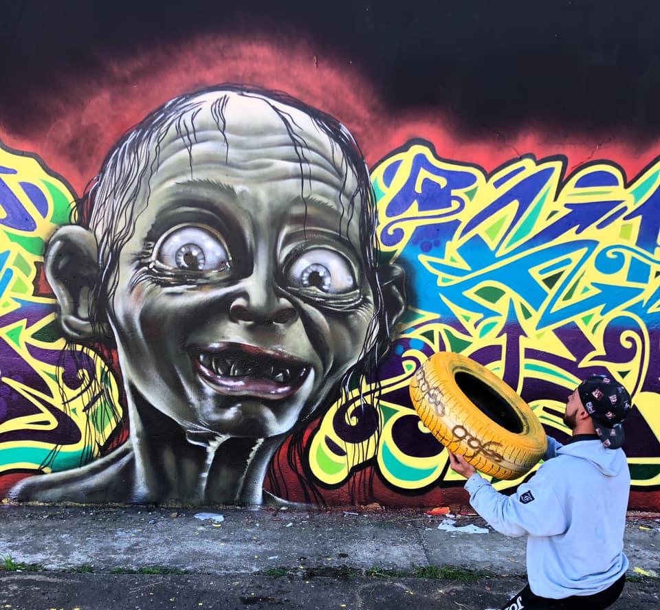el graffiti del señor de los anillos