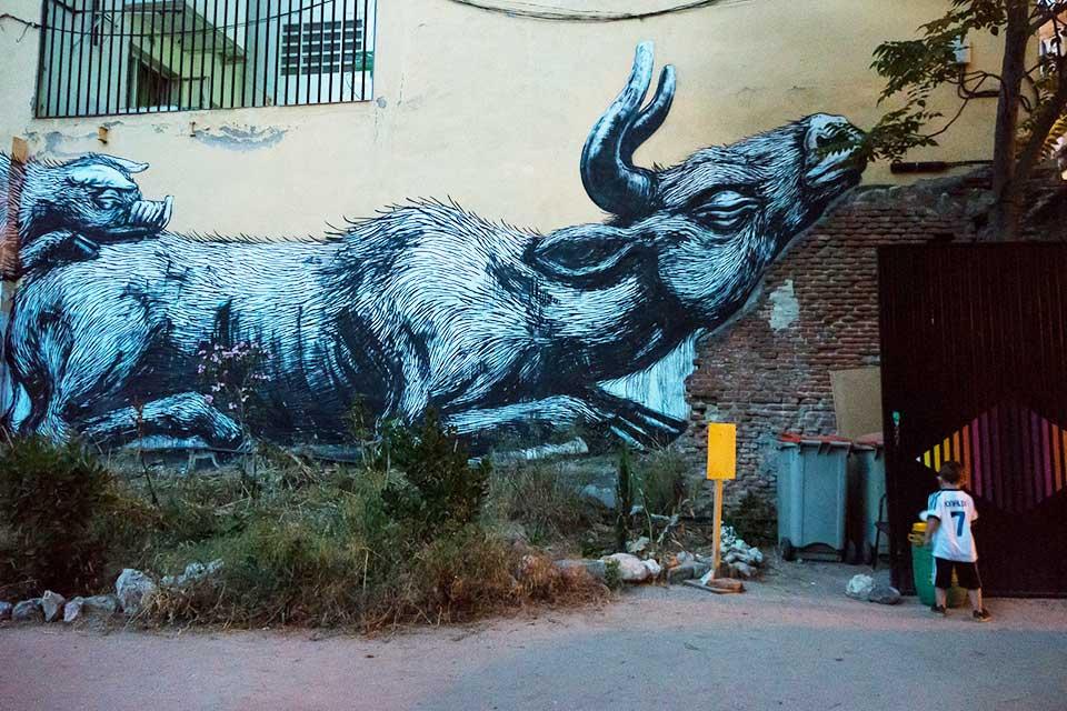 graffiti mural Roa, Madrid