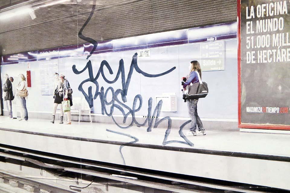 sitios con graffitis en el metro de madrid