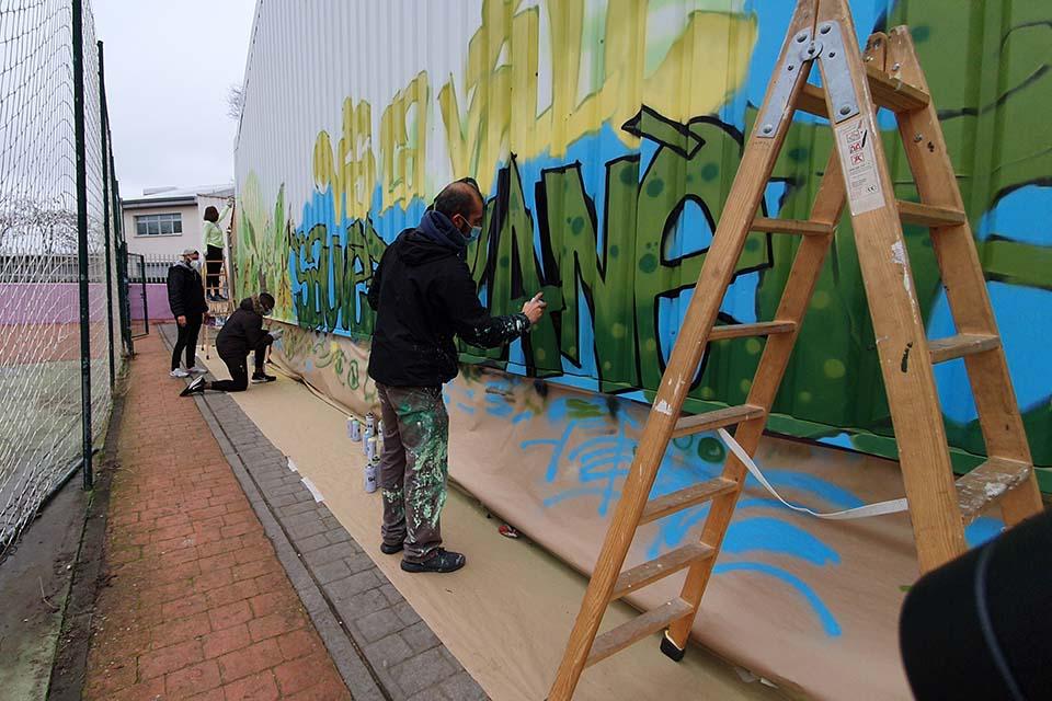 letras de graffiti en las actividades culturales