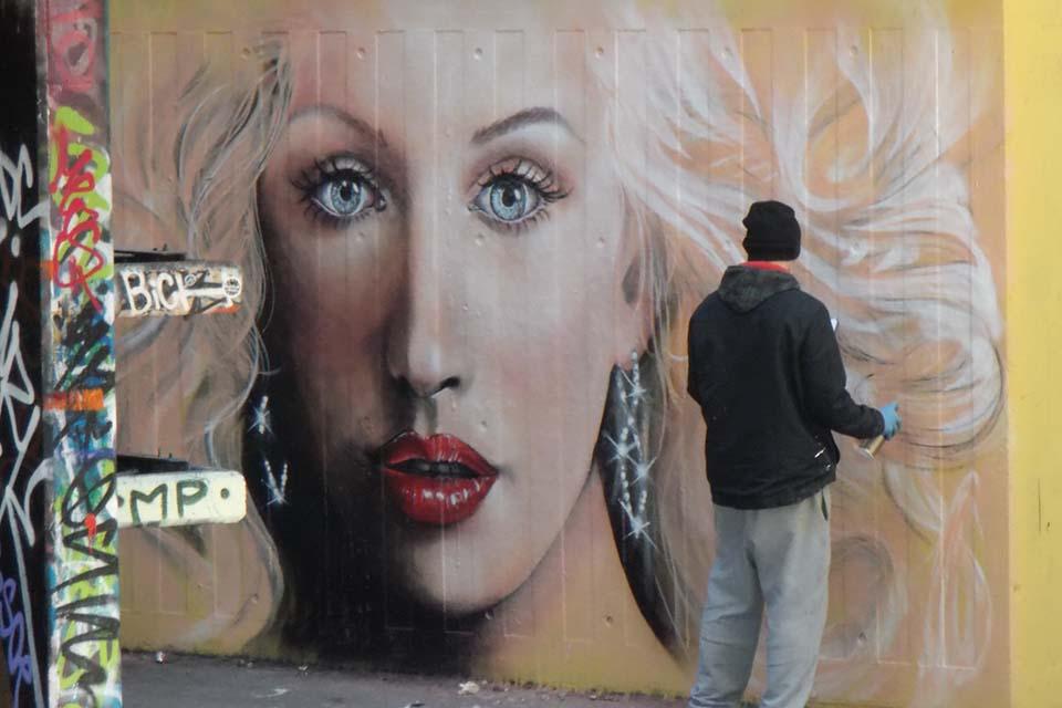 mural decorativo para tienda de belleza