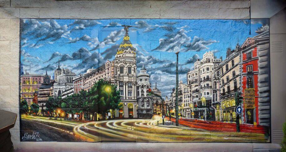 mural para fachada en Madrid