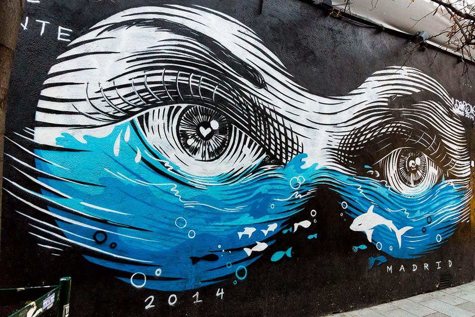 tour de graffiti por la zona de malasaña, madrid