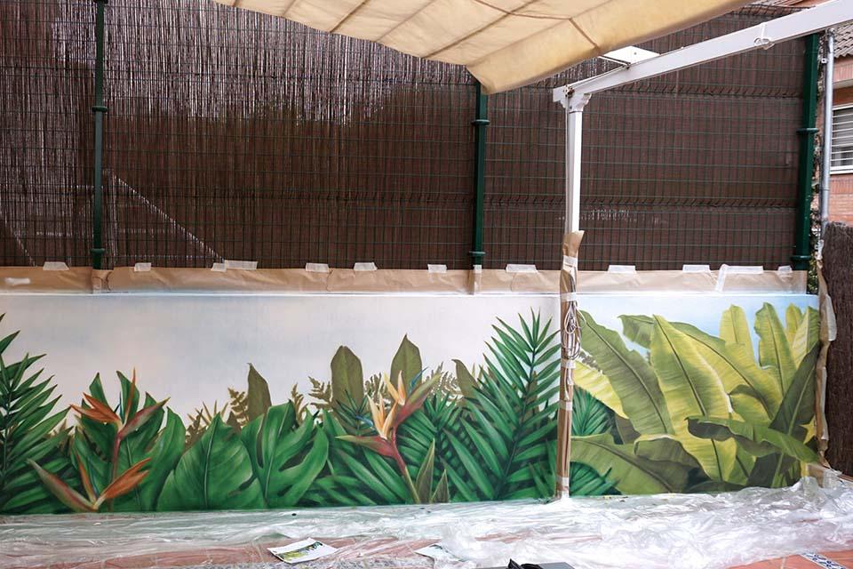 Mural paisajista en una terraza