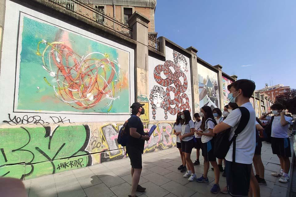 explicación tour arte urbano madrid